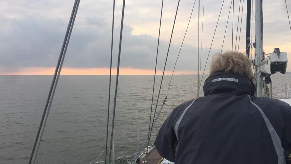Oplev Et Sejlskib