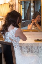 Getting ready in the Bride\'s Room. Storybook Barn, a place where your wedding stories can come true. Pictures from a recent bridal photoshoot. Image credit: M. Shipley, 417 Photo Works