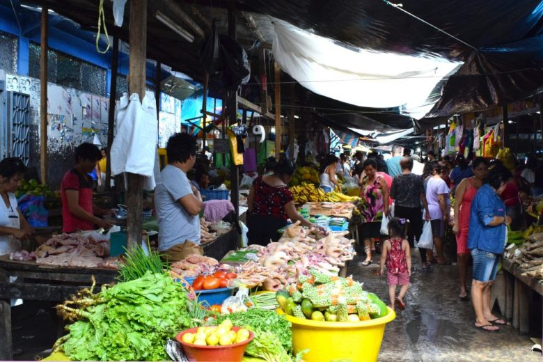 Shopping at Belén Market, Iquitos