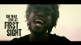 Chronixx – Smile Jamaica | Easy Breezy