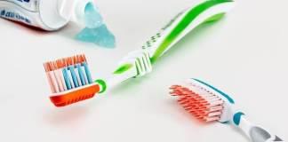 การเลือกแปรงสีฟัน