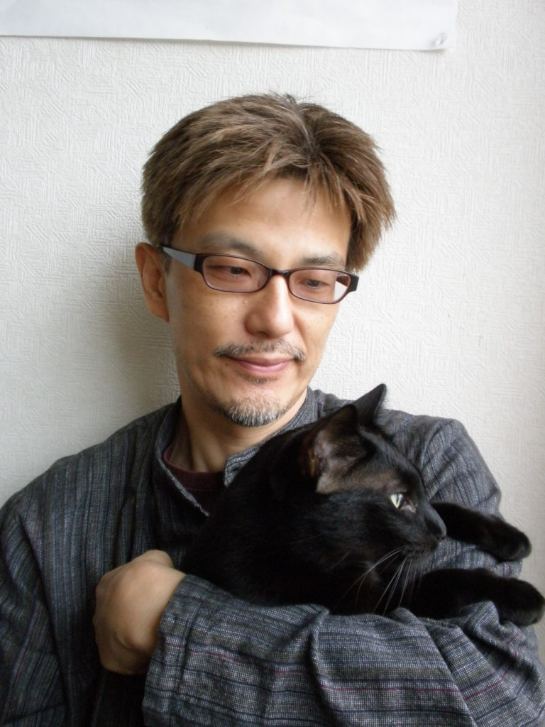Yanagi Kouji and one of his cats