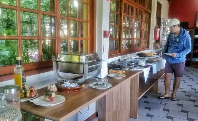 Breakfast at Hotel Saint Germain, Florianópolis - Are you looking for an affordable yet relaxing hotel in Florianópolis, Brazil? Check out our Florianópolis hotel review of Hotel Saint Germain, located on the lake in Lagoa da Conceicão!