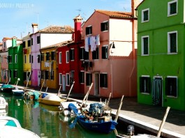 Burano, Venezia, Italy | Insider's Guide: Essential Italy Travel Tips You Need To Know Before Visiting