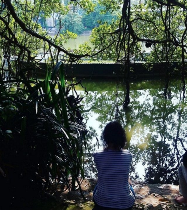 Peace and Quiet at Hoan Kiem Lake, Hanoi | Essential Vietnam Travel Tips You Need To Know Before Visiting