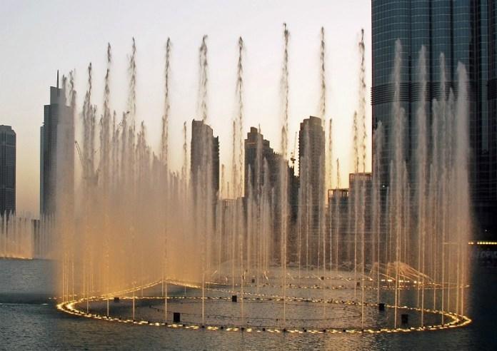 Dubai Fountains | Planning a short trip to Dubai? Read this first...