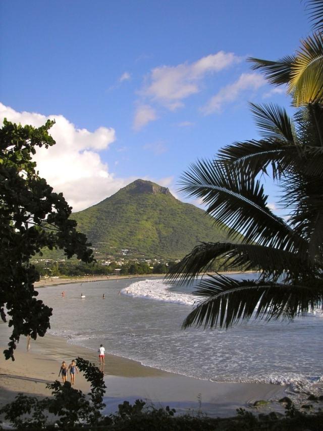 beach - Mauritius travel tips