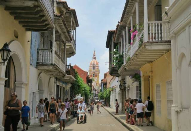 Writing while traveling in Cartagena, Colombia