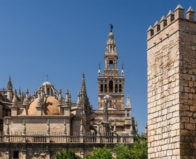 Real Alcazar - Seville travel tips