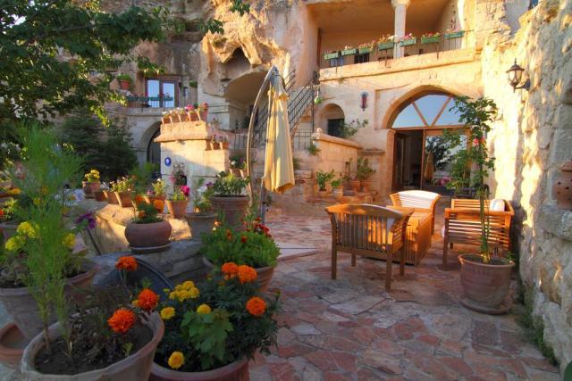 Cave hotels in Cappadocia 4oda