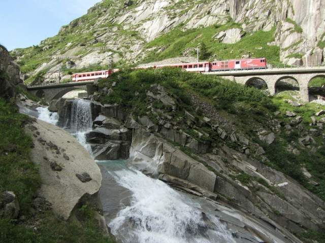 Gotthard Panorama Express: Train trips in Switzerland