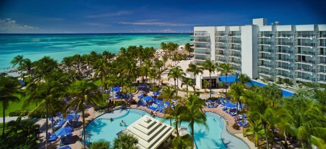 hotels in Aruba: Marriott Resort Stellaris Casino