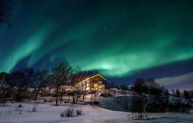 Northern lights hotel kirkenes