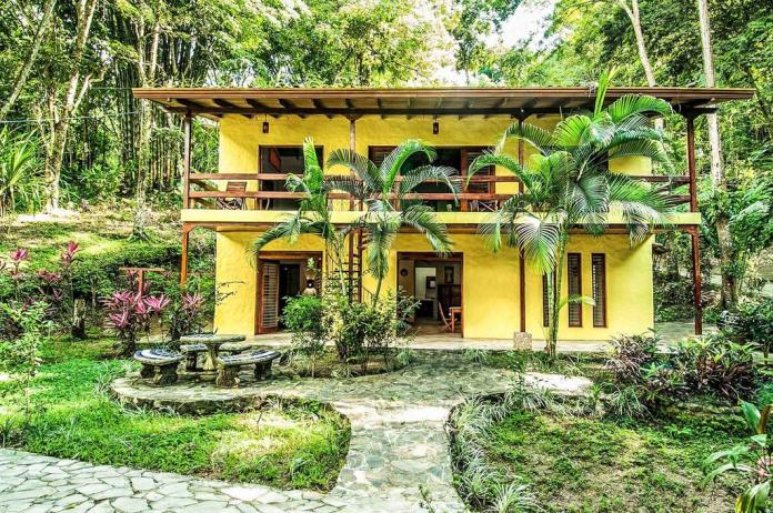 Costa Rica Villas tucan