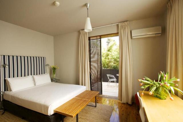 Cheap hotels in Sydney - Dive Hotel Coogee