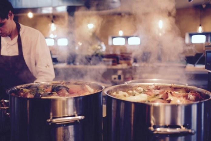 Reasons to travel to Dubai - The culinary tours