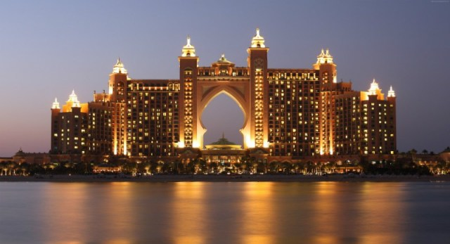 Reasons to travel to Dubai - The islands