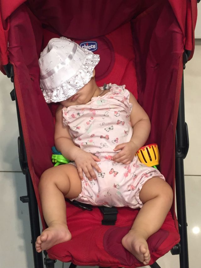 Traveling with a baby: Sleeping while out and about