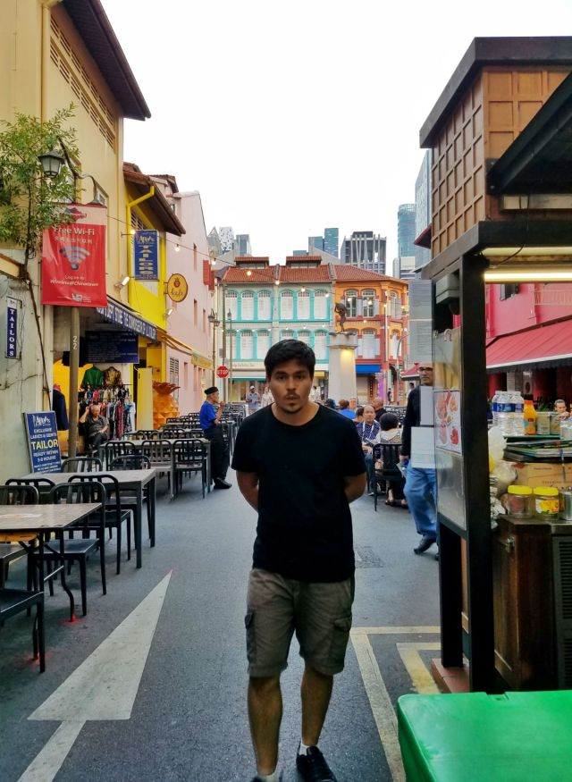 48 hour Singapore travel itinerary: Wander the streets (Chinatown)