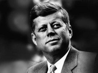 Слово «кризис», написанное по-китайски, состоит из двух иероглифов: один означает «опасность», другой — «благоприятная возможность». Джон Кеннеди
