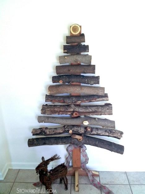 diy-rustic-branch-christmas-tree