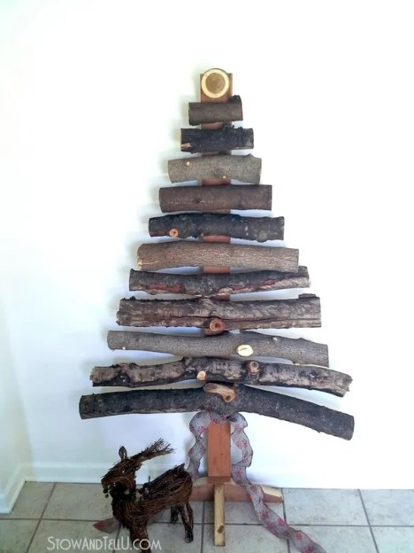 diy-rustic-branch-christmas-tree