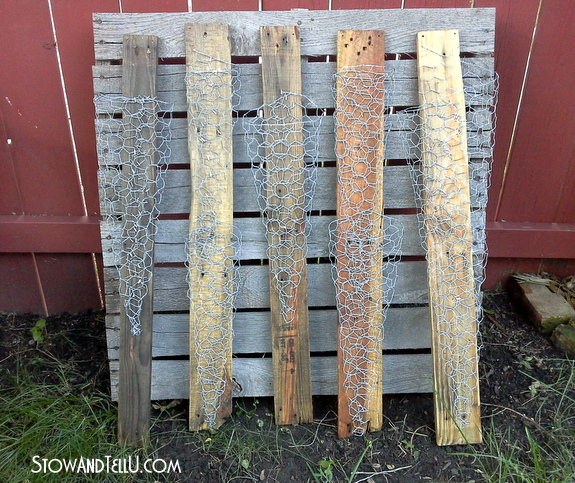 vertical planters-made-with-skid-wood-chicken-wire