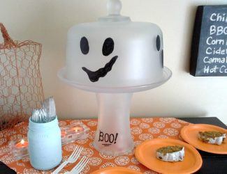 ghost-cake-plate-stand-domed-frosted-glass-halloween-decor