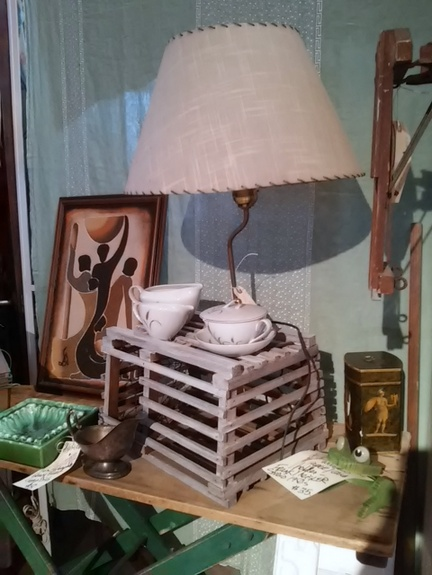salvaged-lobster-cage-lamp