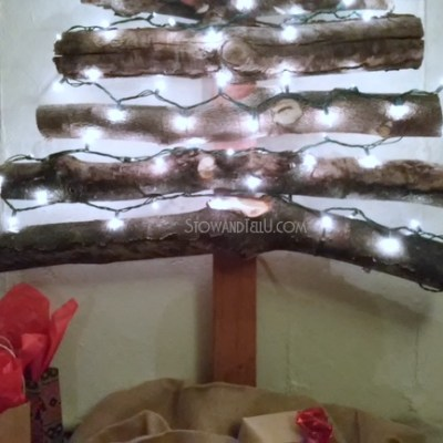 Stacked Log Christmas Tree