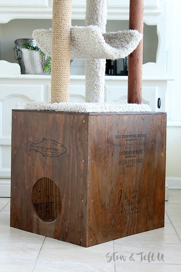 DIY Wood Cat Cubby | stowandtellu.com