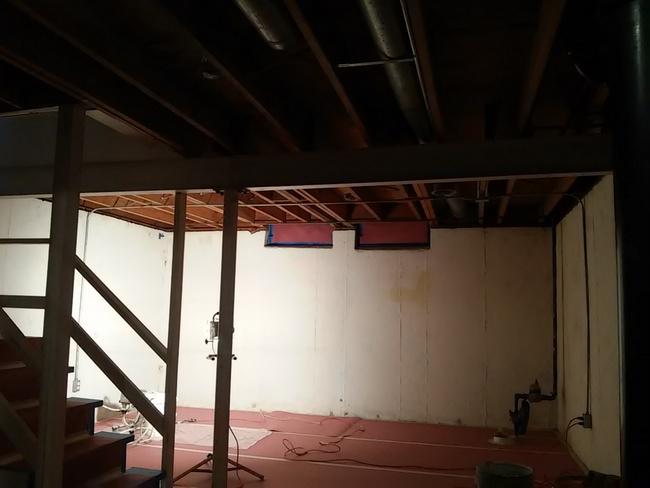 basement-prep-for-paiinting-ceiling