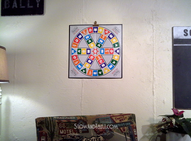 gameroom-decor-basements-how-to-make-hanging-board-game-art-http://www.stowandtellu.com