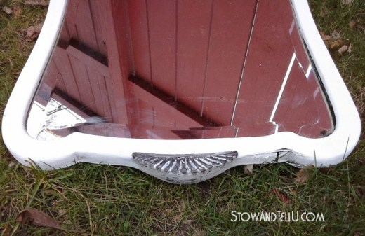 painted-white-leaded-mirror-deco-http://www.stowandtellu.com