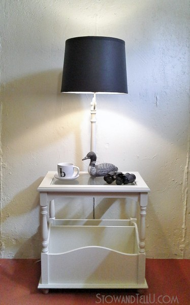 upcyled-table-lamp-with-primer-paint-https://stowandtellu.com