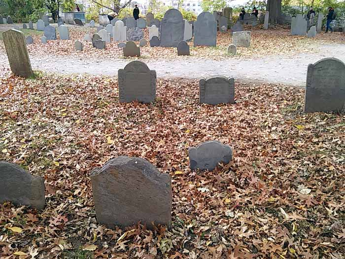 gravestones-salem-massachusetts