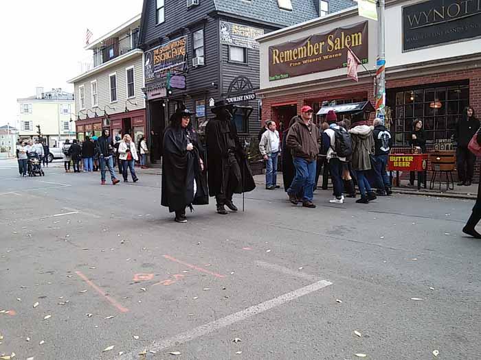 halloween-salem-mass