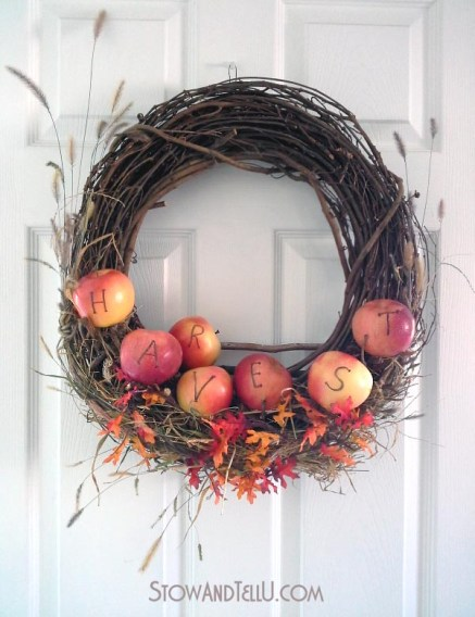 real-apple-grapevine-wreath-twig-shelf