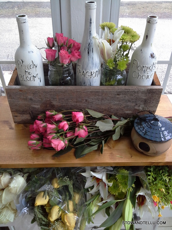 flower-market-hot-glue-writing-on-wine-bottles