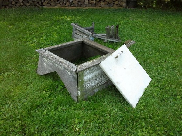 A garden table upcycled from an old weather vane cupola and a cabinet door - cupola-cabinet-door-repurposed - StowAndTellU.com -