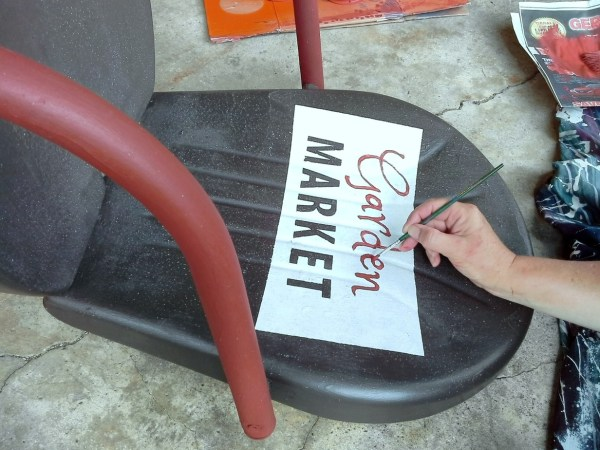 How to hand paint sign on metal shell back chair - StowAndTellU.com