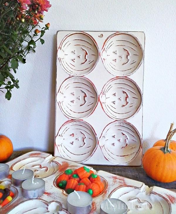 painted-pumkin-muffin-tin - StowandTellU.com