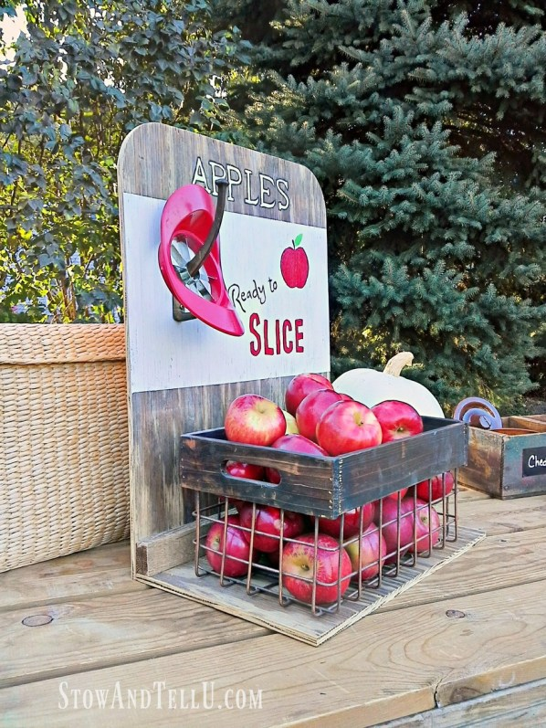 diy-apple-slice-wooden-crate-sign | stowandtellu