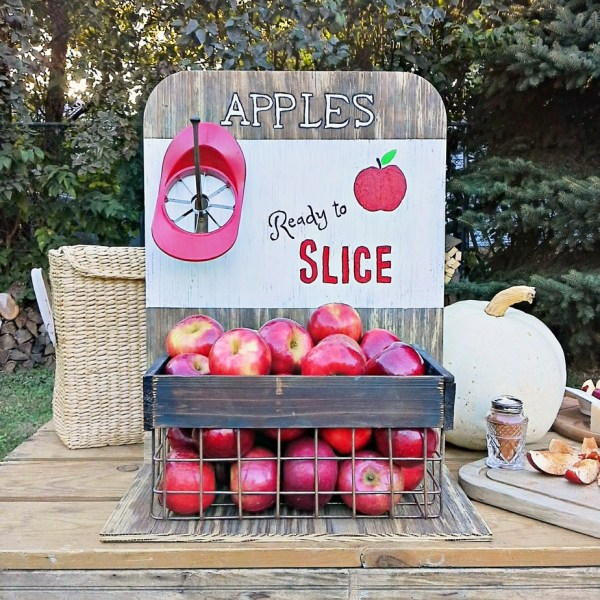 ready-to-slice-diy-apple-crate | StowandTellU.com