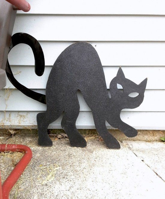 wooden-black-cat | StowAndTellU.com