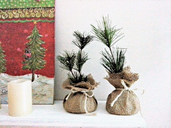 Holiday party favor idea: make faux pine saplings or seedlings - StowAndTellU.com