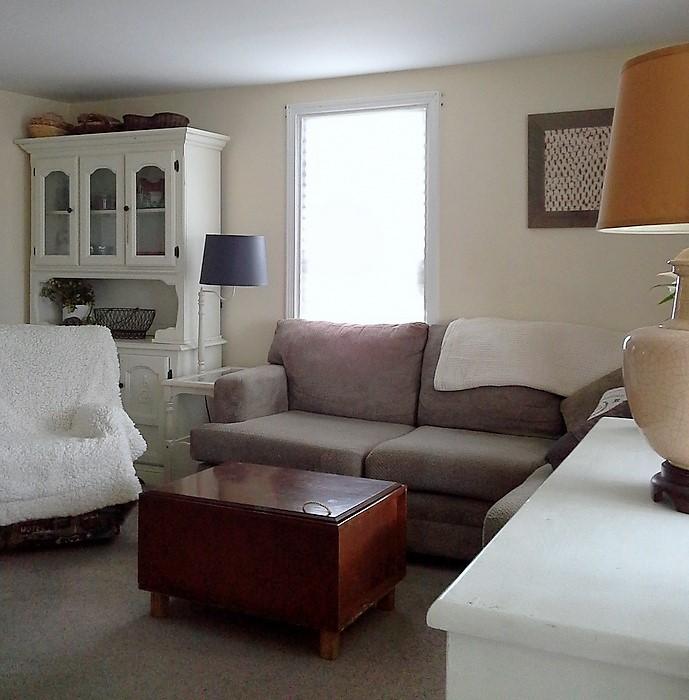 Cramped Living Room Furniture Layout