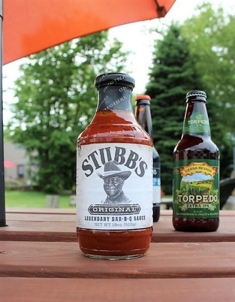 Make magnets from barbecue sauce jar lids | Stubbs-bbq sauce | stowandtellu.com