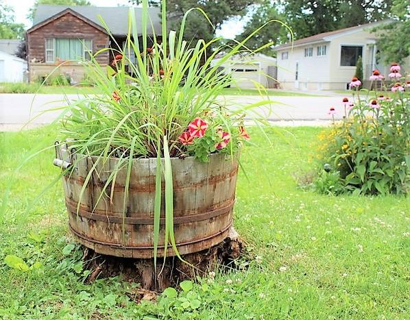 Herb and flower combination container gardening ideas | stowandtellu