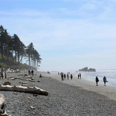 walking-the-beach-washington-coast